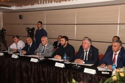М. Даудов провел встречу с законодателями Ивановской области